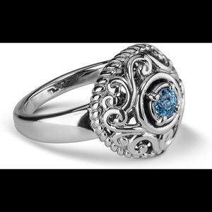 NEW CAROLYN POLLACK Blue Topaz Filigree Ring S7